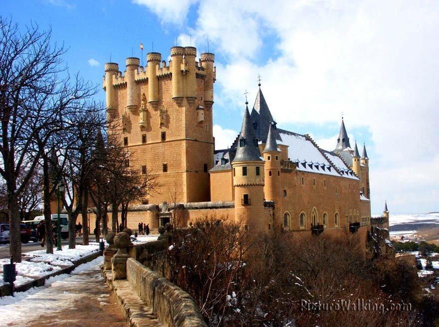 Torres del Alcazar de Segovia